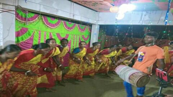 ওঁরাও সম্প্রদায়ের ঐতিহ্যবাহী কারাম উৎসব উদযাপন