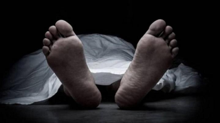 বামীর অতিরিক্ত আঘাতে স্ত্রী রিমা আক্তার ঘটনাস্থলেই মারা যায়
